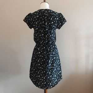 Urban Outfitters Dresses - Kimchi Blue Floral Button Down Dress- Size Small